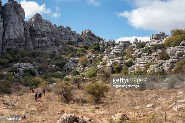 the famous karst landscape called el torcal de antequera - miguelangelortega fotografías e imágenes de stock