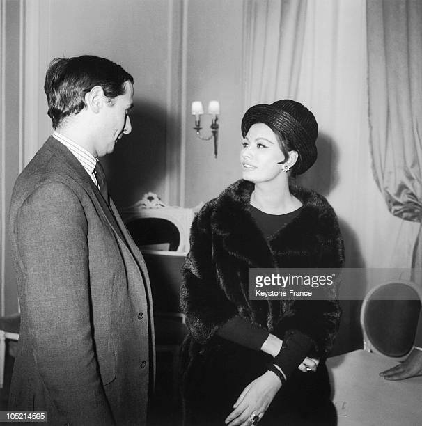 The Fashion Designer For Christian Dior Marc Bohan Conversing With The Italian Actress Sophia Loren After The Presentation Of His SpringSummer...
