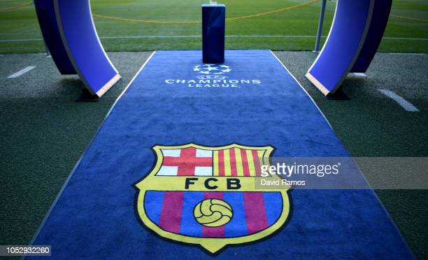 The FC Barcelona logo is seen on the carpet prior to the Group B match of the UEFA Champions League between FC Barcelona and FC Internazionale at...