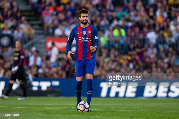 The FC Barcelona player Gerard Pique from Spain during the La Liga match between FC Barcelona and Deportivo at the Camp Nou stadium on October 15...