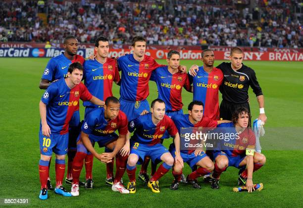 The FC Barcelona team line up before 2the UEFA Champions League Final match between Barcelona and Manchester United at the Stadio Olimpico on May 27...