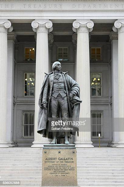 the federal district of washington - treasury stock pictures, royalty-free photos & images