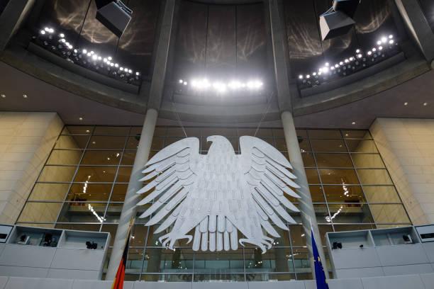 DEU: Bundestag Rearranges Seating According To New Party Mandates