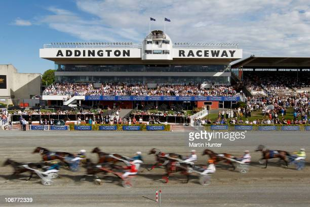 The field in race nine of the New Zealand FreeForAll compete during the Lindauer Family Race Day at Addington Raceway on November 12 2010 in...