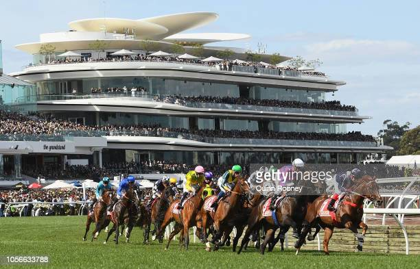 The field round the bend in race 7 The AAMI Victoria Derby during Derby Day at Flemington Racecourse on November 3 2018 in Melbourne Australia