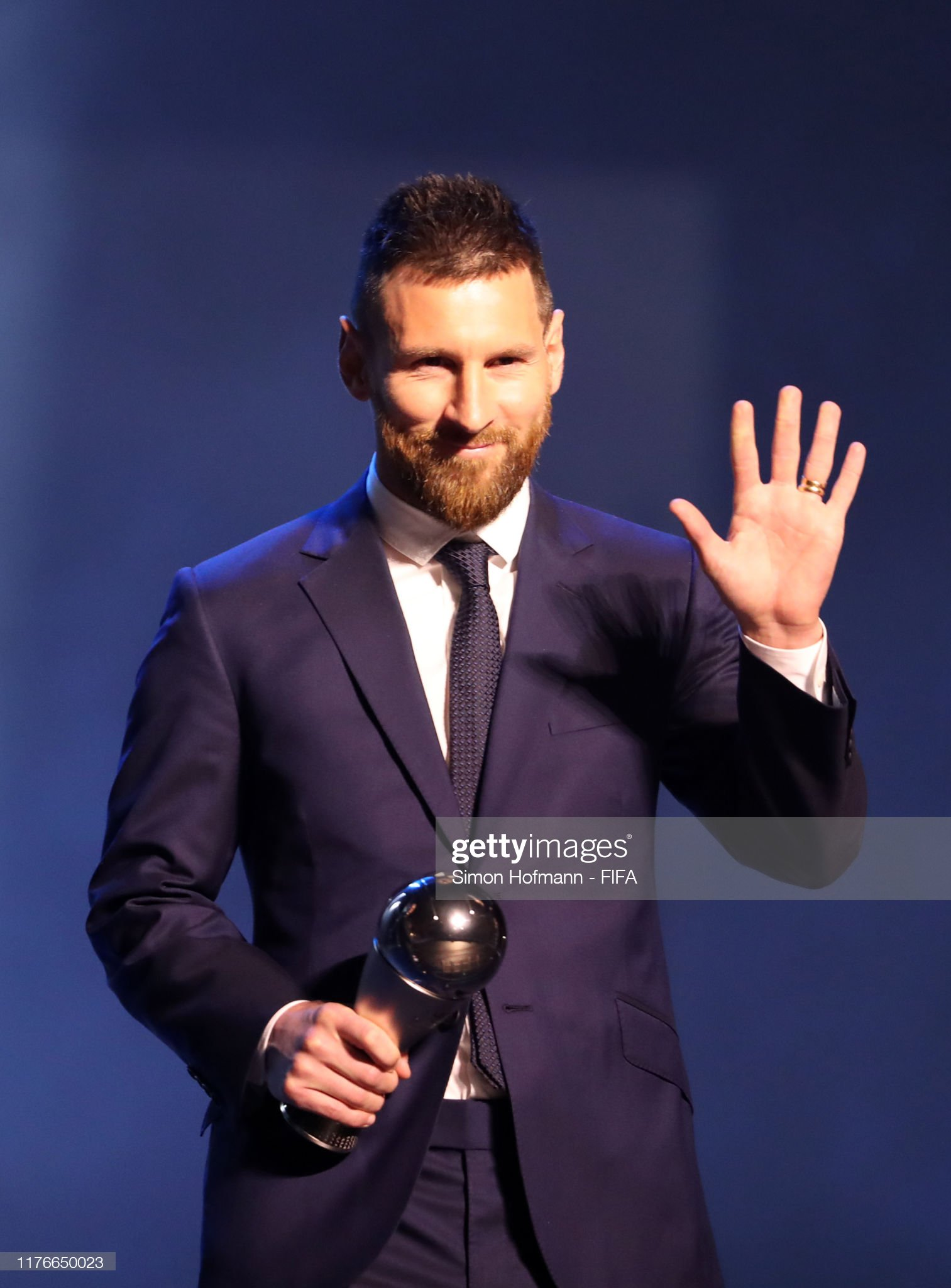 The Best FIFA Football Awards 2019 The-fifa-fifpro-mens-world11-award-winnner-lionel-messi-of-fc-and-picture-id1176650023?s=2048x2048