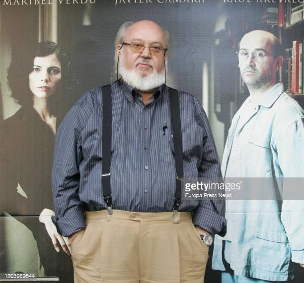 The film director Jose Luis Cuerda has died this Tuesday at the age of 72 in Madrid In the image the director during the presentation of 'Los...
