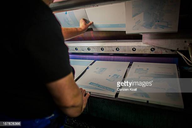 The final issue of the Financial Times Deutschland daily newspaper is printed on December 6 2012 in Berlin Germany German publishing house Gruner...