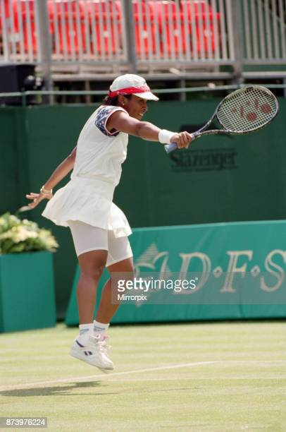 The final of the DFS Classic Tennis Championship at the Edgbaston Priory between Lori McNeil and Zina GarrisonJackson Zina GarrisonJackson defeated...