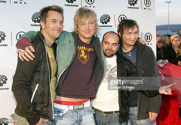 The Finnish band Sunrise Avenue poses at the television music show 'The Dome 40' December 1 2006 in Duesseldorf Germany