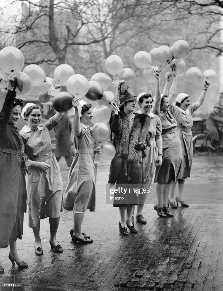 The first batch of a million balloons in connection with the Centenary appel of King's College Hospital were released this morning by actress Muriel Angelus and girls form King's College Massage School, Leicester Square, London, Photograph, 1940 : News Photo