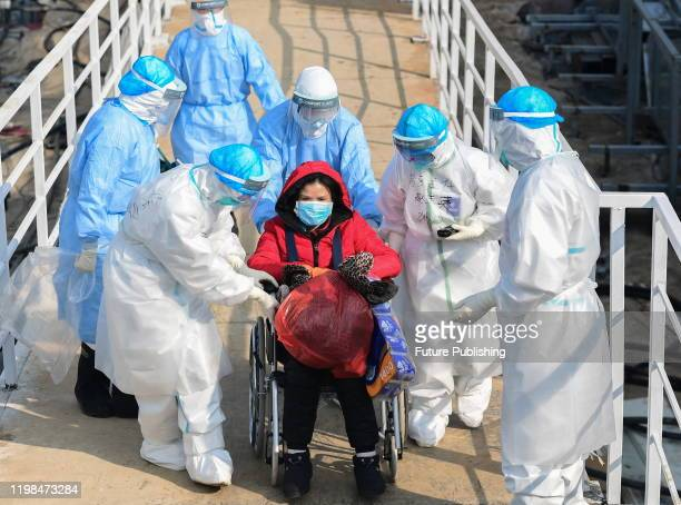 The first batch of patients stay in huoshenshan hospital, Wuhan City, Hubei Province, China, February 4, 2020.- PHOTOGRAPH BY Costfoto / Barcroft...