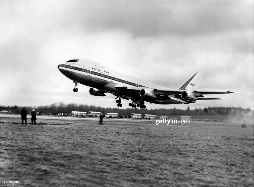 https://media.gettyimages.com/photos/the-first-boeing-747-jumbo-jet-christened-the-city-of-everett-and-picture-id614160336