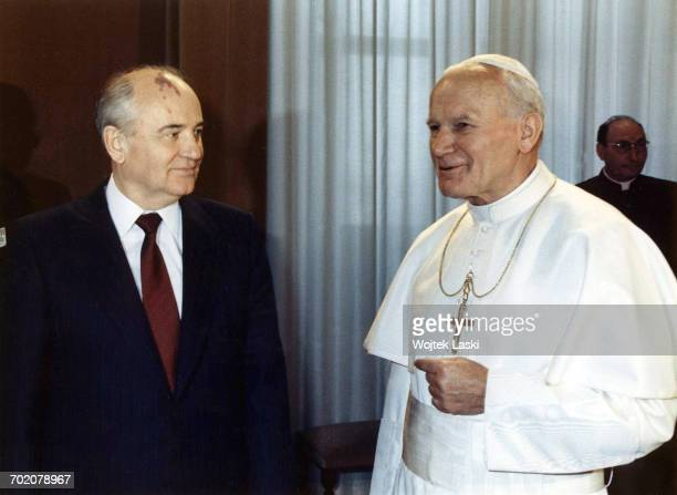 The first meeting between a pope and a Soviet leader Pictured Mikhail Gorbachev and John Paul II Vatican 1st December 1989
