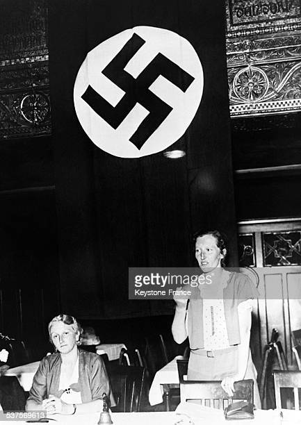 The first meeting of the Front of the German Women's association takes place in the presence of her president Mrs Fikeatscher and the 'Fuehrerin' Mrs...