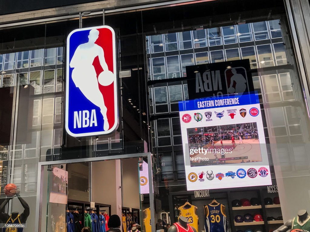The first NBA Store in Europe opening in Milano aeccc34fa