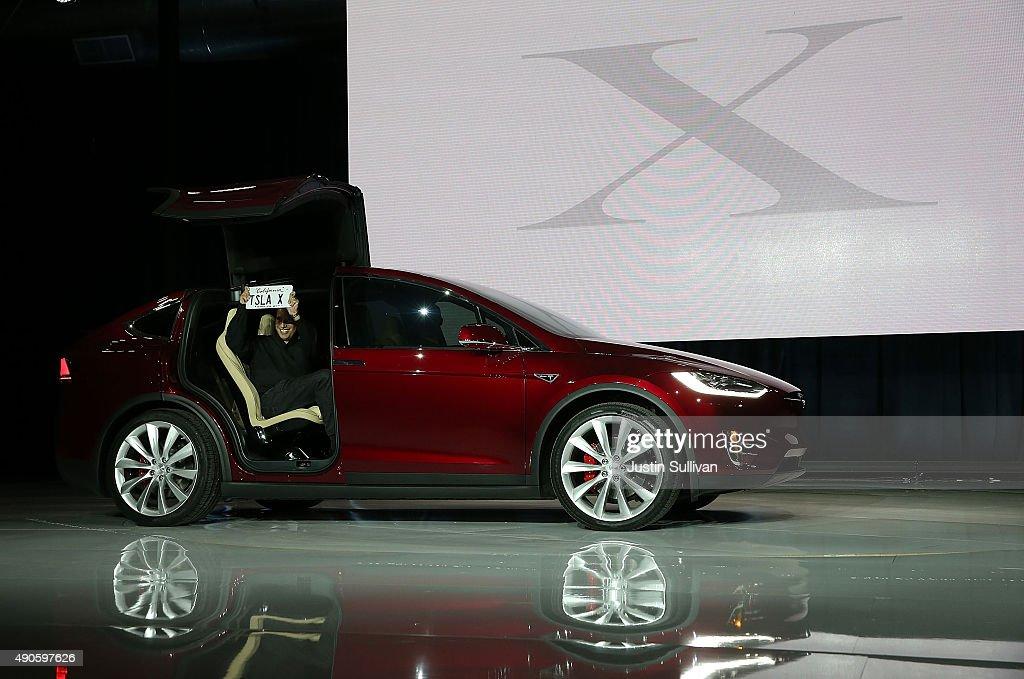 Tesla Debuts Its New Crossover SUV Model, Tesla X : News Photo