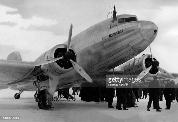 The first Russian commercial aircraft by Aeroflot at the airport in Rangsdorf 1940 Photographer PresseIllustrationen Heinrich Hoffmann Published by...