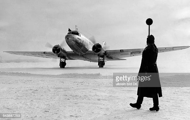 The first Russian commercial aircraft by Aeroflot landing at the airport in Rangsdorf 1940 Photographer PresseIllustrationen Heinrich Hoffmann...