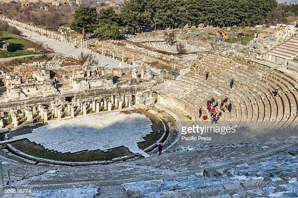 EPHESOS SELçUK IZMIR TURKEY The first settlements in the area of the antique city of Ephesos date back up to the second half of the second millenium...