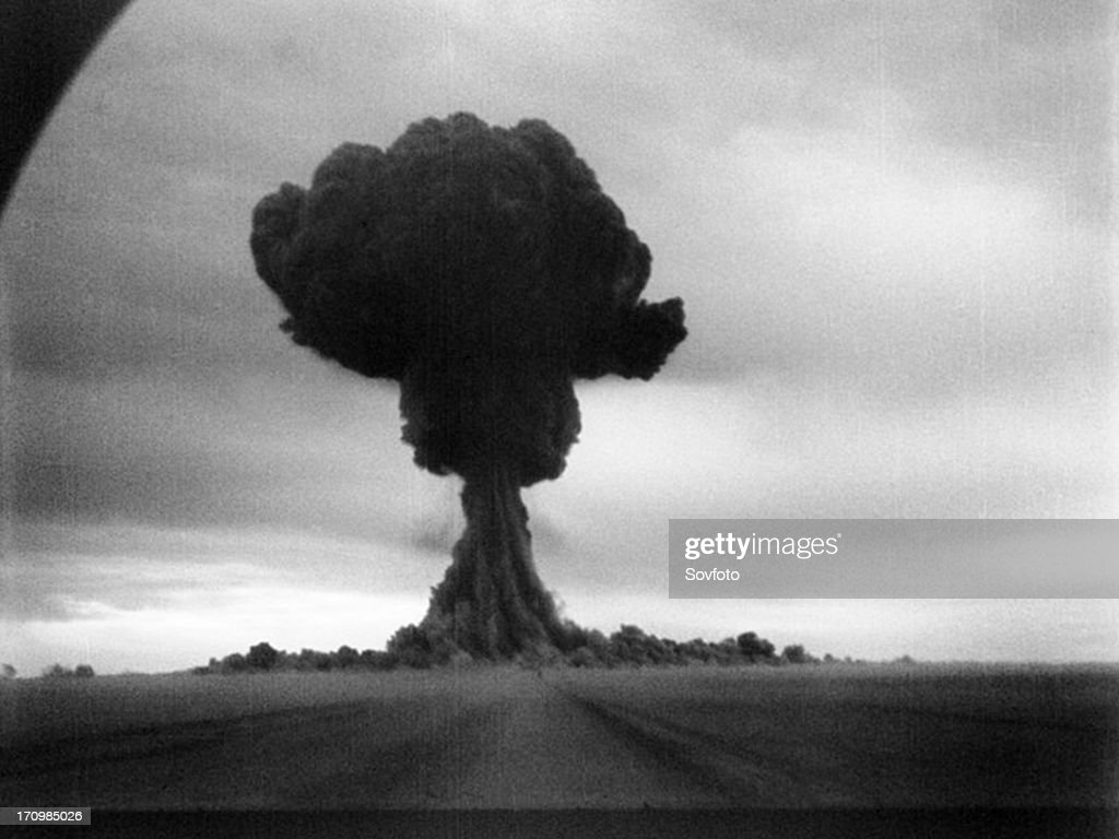 The first soviet atomic bomb test, first lightning (?????? ??????), ussr, august 29, 1949. : News Photo