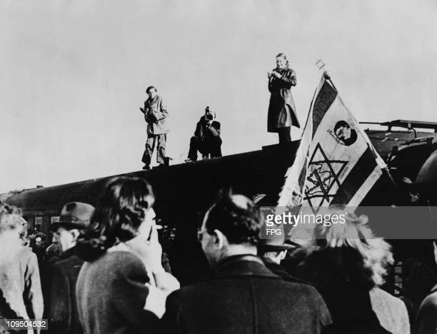 The first train leaves Germany transporting around 650 Jews from the BergenBelsen concentration camp to Marseille 11th March 1949 From there a...