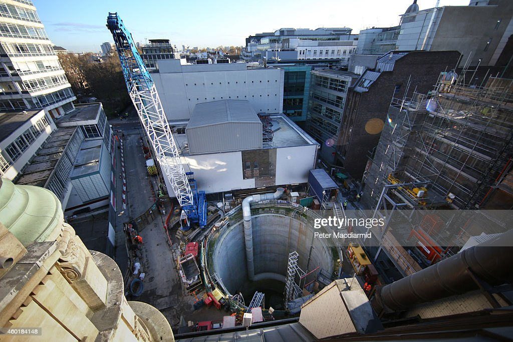 Work Continues On The Crossrail Railway Project : News Photo