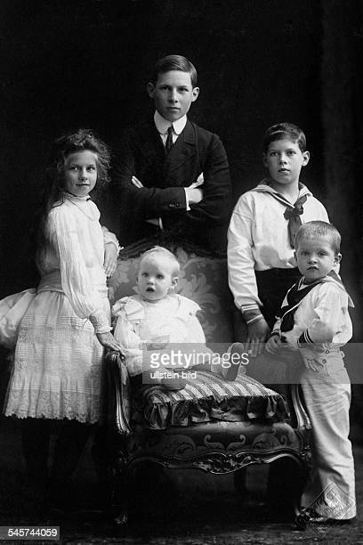 The five children of King Constantine I of Greece and his wife Sophie: The sons: George , Alexander , Paul and the daughters Helen and Irene - 1905-...