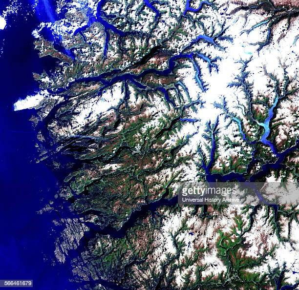 The fjords of Sogn og Fjordane dominate this image of the western coastline of Norway Carved out of mountains by glaciers the flooded ushaped valleys...