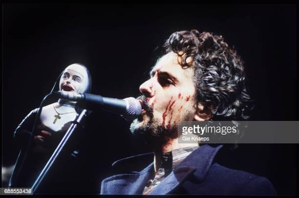 The Flaming Lips Wayne Coyne Pukkelpop Festival Hasselt Belgium Augustus 1999