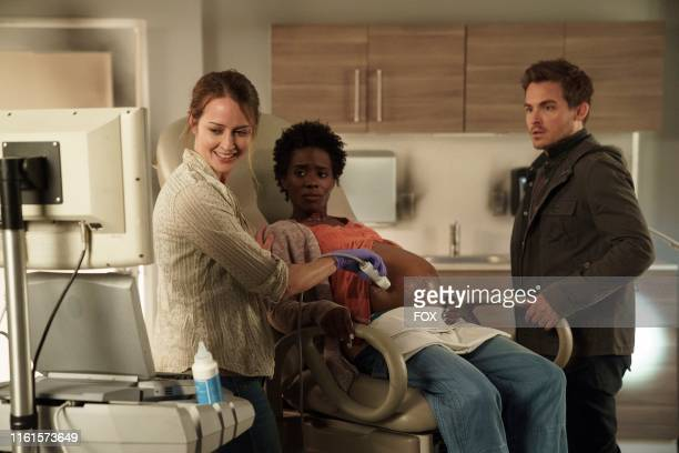 """The Flare's"""" Amy Acker, Sola Bamis and Kevin Zegers in the """"Family"""" episode of WHAT JUST HAPPENED??! WITH FRED SAVAGE airing Sunday, Aug. 4 on FOX."""