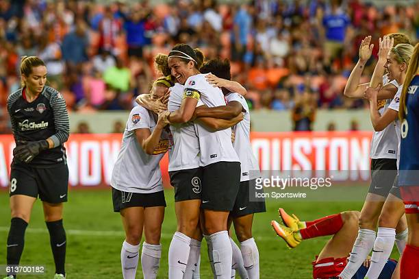 The Flash celebrate WNY Flash forward Lynn Williams' second half goal during the 2016 NWSL Championship soccer match between WNY Flash and Washington...