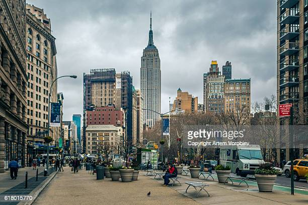 the flatiron district - broadway manhattan stock photos and pictures