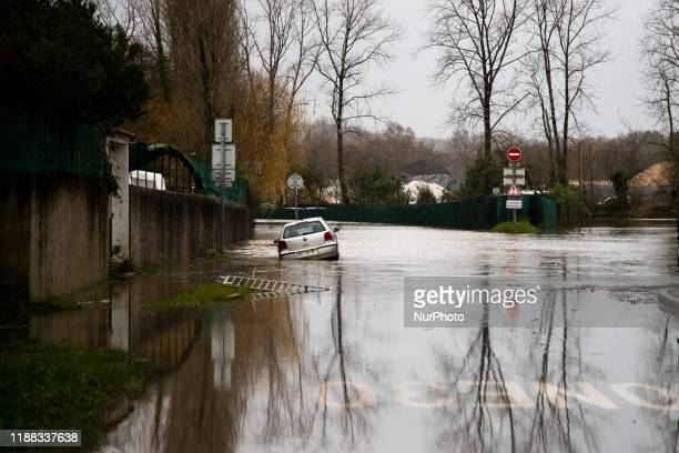 The flooded river 'the nive' in Ustaritz France on 13 December 2019 A storm is still on in the south west of France inquot pyrennes atlantiquesquota...