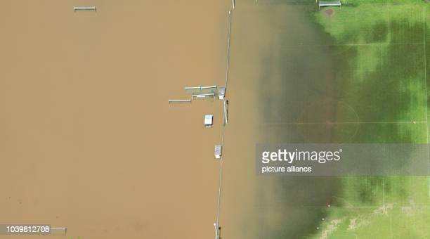 The flooding is pictured near Hildesheim, Germany, 28may 2013. The flood waters are slowly retreating according to the fire department. Photo:...