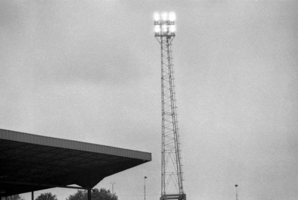 The floodlight pylon during the Division 2 match between Chelsea and Newcastle United at Stamford Bridge on October 25,1980 in London,England....