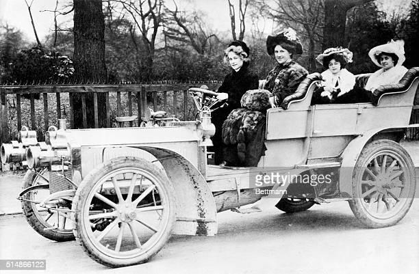 The Floradora Girls in a packard car. Photograph, ca. 1905.