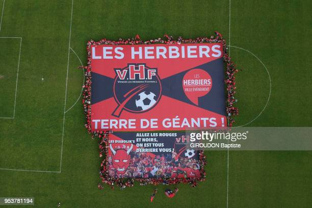 The football team Les Herbiers in the final of the cup of France 2018 the 600 supporters of the club on the ground of the stadium Massabielle around...