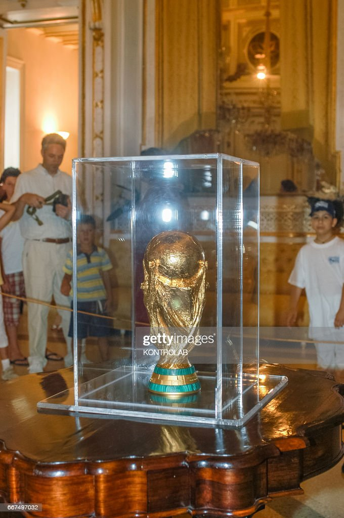 The football World Cup brought in Corigliano by Gennaro Ivan... : News Photo