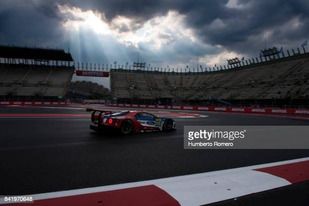 The Ford LM GTE pro team drives during practice for the FIA World Endurance Championship at Hermanos Rodriguez Race Track on September 02 2017 in...