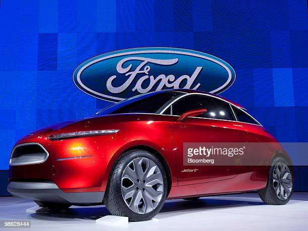 Ford Motor Co Of Canada Stock Photos And Pictures Getty Images