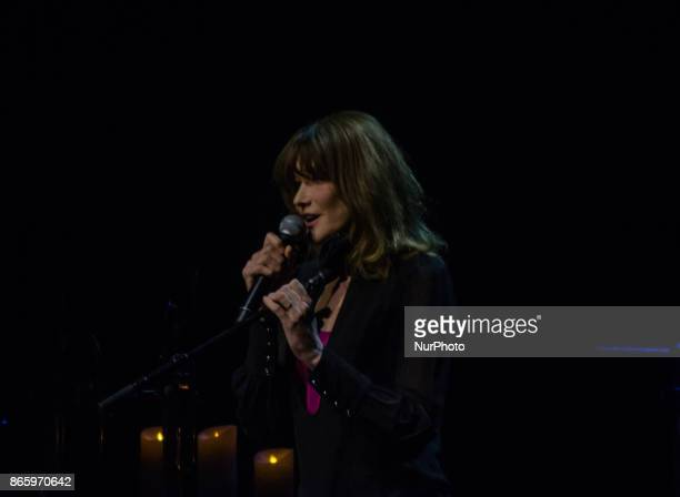 The former first lady of France Carla Bruni begins her world music tour in Athens Greece 24 October 2017 giving two performances at the iconic Pallas...