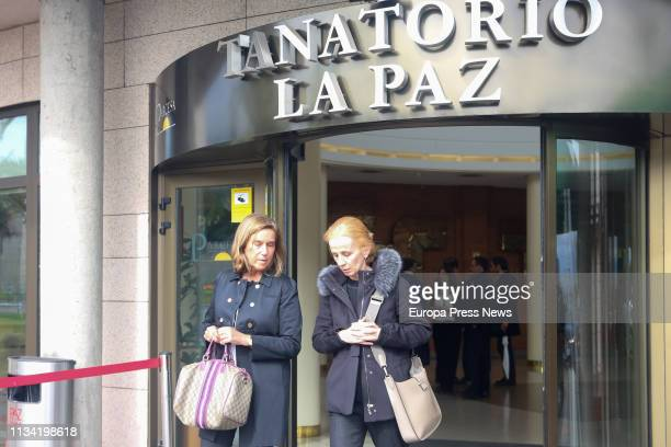 The former minister Ana Mato attends the funeral parlour of one of the 'seven fathers' of the Spanish Constitution José Pedro PérezLlorca on March 06...