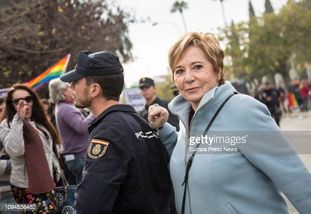 "The former Minister of Health Celia Villalobos is booed in the Concentration of women groups at the Andalusian Parliament under the slogan ""Our..."
