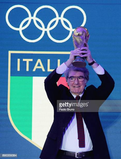 The former player Dino Zoff holds 1982 World Cup during the Italian Olympic Committee 'Collari D'Oro' Awards at Foro Italico on December 19 2017 in...