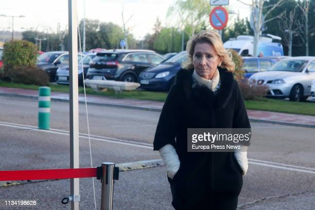 The former president of the Community of Madrid Esperanza Aguirre attends the funeral parlour of one of the 'seven fathers' of the Spanish...