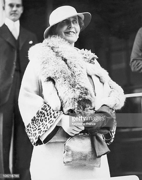 The Former Queen Of Romania Marie Also Princess Of Great Britian And Of SaxonyCoburg Stepping Out Of The Ritz In London Between 1927 And 1934 To Go...