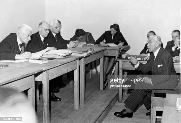 The former Reich Chancellor Franz von Papen at the beginning of the hearing of an appeal in the 'Berufungskammer' of Nuremberg on 18 January 1949 On...