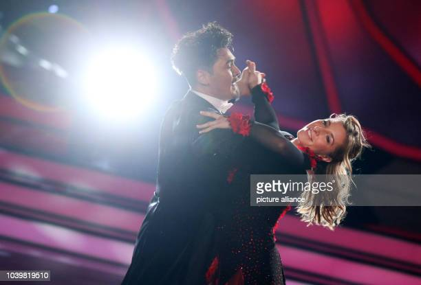 The former speed skater Anni FriesingerPostma and the professional dancer Erich Klann dance during the RTL dance show 'Let's Dance' in Cologne...