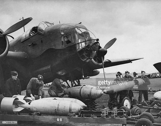 The forward section of a Handley Page Hampden twinengine medium bomber of No61 Squadron Royal Air Force Bomber Command showing the nose with the...